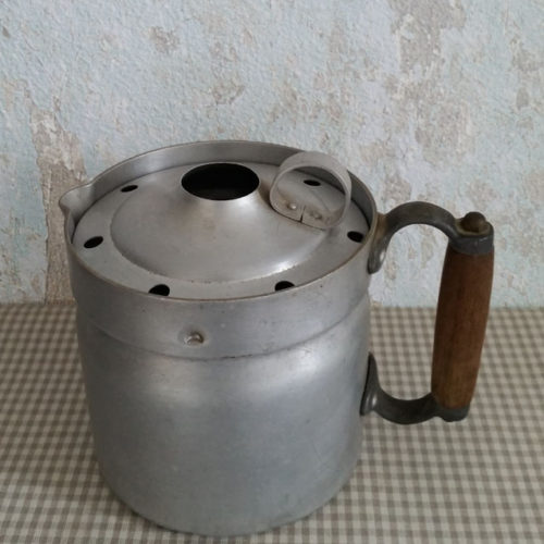 POT À LAIT EN ALUMINIUM ANTI-DÉBORDEMENT