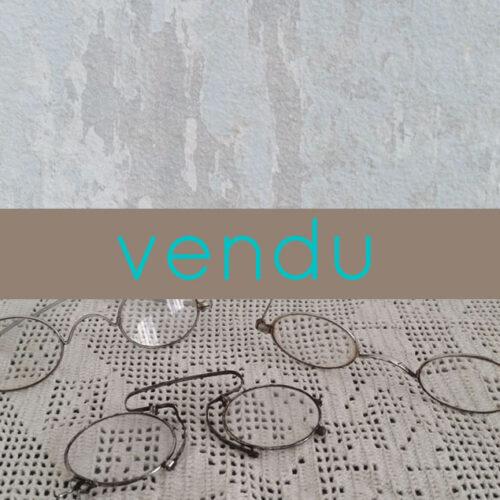 Besicles et lunettes anciennes en métal