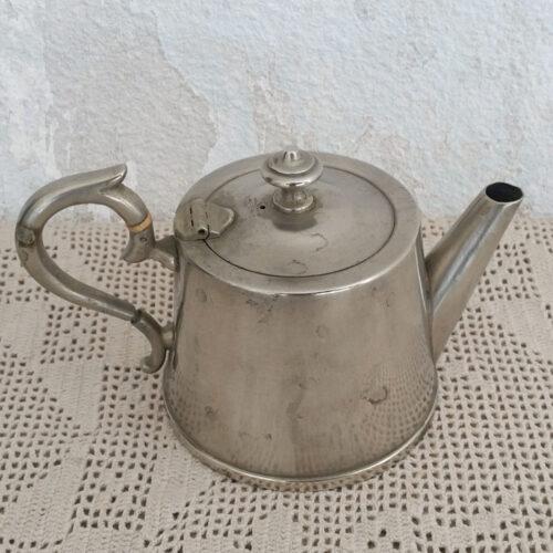 Tisanière en métal argenté ancienne