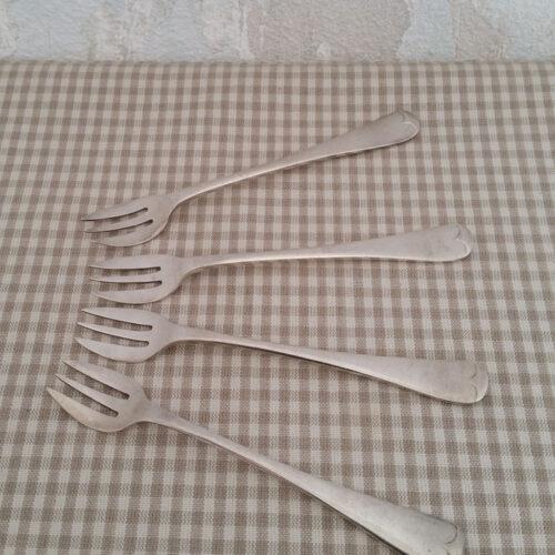 Fourchette à huître en métal argenté