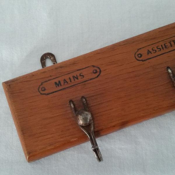 Porte torchons ancien en bois 2