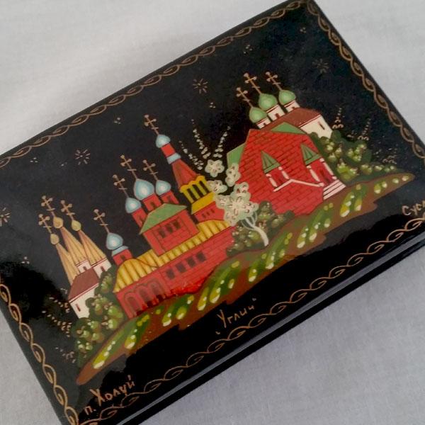 Boite laquée russe de collection 3